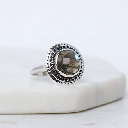 R808LB - Hidden Doorway Labradorite Ring