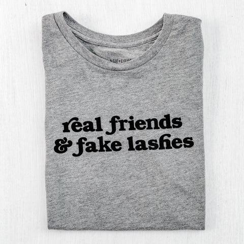 Real friend & fake lashes tee