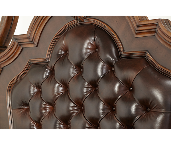 AICO - Michael Amini - Victoria Palace Cal King Panel Bed (3 pc)