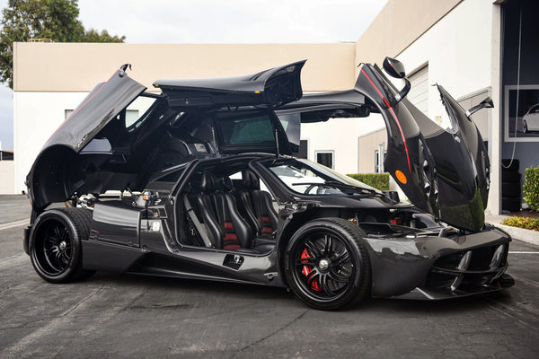 Open Black Huayra