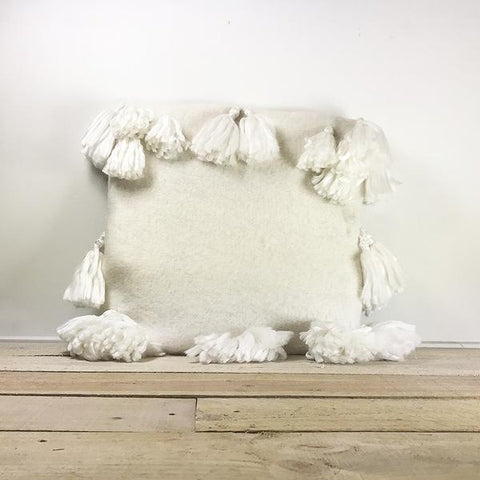 Soft Vanilla Additri Cushion Cover