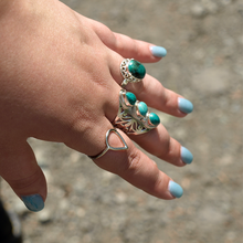 Load image into Gallery viewer, Turquoise eastern vintage style ring
