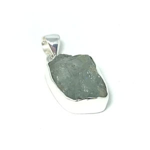 aquamarine raw gemstone silver pendant