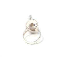 Load image into Gallery viewer, sterling silver biwa pearl with peridot gemstone