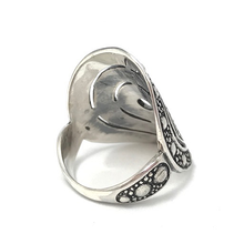 Load image into Gallery viewer, handmade chunky silver boho ring australia