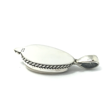 Load image into Gallery viewer, sterling silver cowrie shell pendant