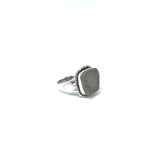 Load image into Gallery viewer, clear druzy gemstone ring