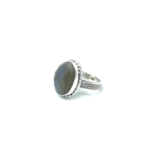 Load image into Gallery viewer, silver gemstone ring with labradorite stone