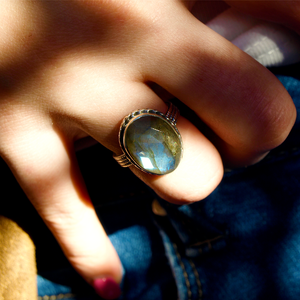 gemstone labradorite ring