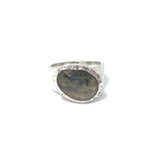 Load image into Gallery viewer, labradorite stone boho ring