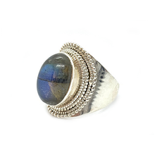 Load image into Gallery viewer, labradorite gemstone silver ring