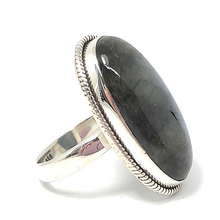 Load image into Gallery viewer, statement silver labradorite ring