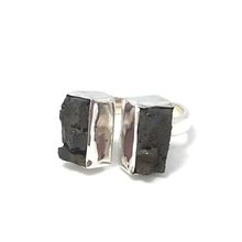 Load image into Gallery viewer, lava stone gem ring gypsy style