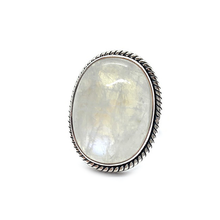 Load image into Gallery viewer, moonstone gemstone sterling silver ring