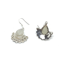 Load image into Gallery viewer, moonstone gemstone bohemian style silver earrings