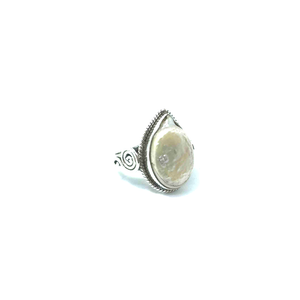 gemstone silver mother of pearl ring jewellery