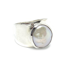 Load image into Gallery viewer, big statement sterling silver freshwater pearl ring