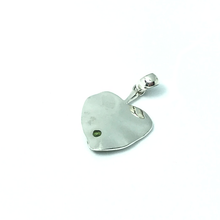 Load image into Gallery viewer, sterling silver leaf peridot gemstone pendant