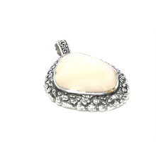 Load image into Gallery viewer, gypsy tribal shell pendant