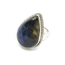 Load image into Gallery viewer, labradorite sterling silver gemstone ring