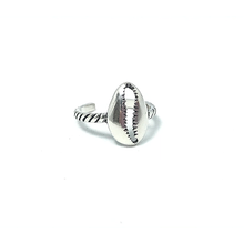 Load image into Gallery viewer, cowrie silver toe ring with gypsy style sterling silver