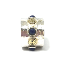 Load image into Gallery viewer, lapis lazuli and copper hammered silver ring