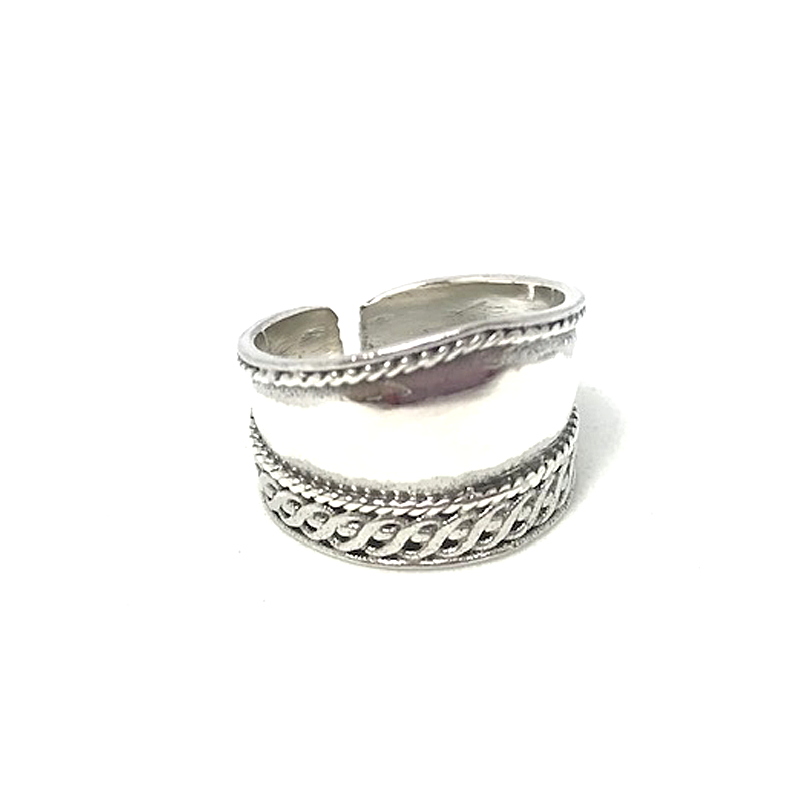silver wide boho style toe ring