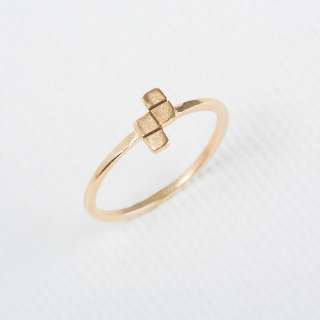 Tetris- Z shaped Dainty Ring