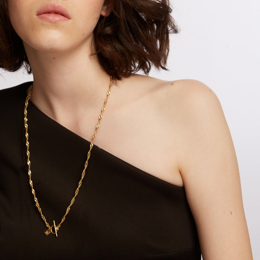 Gormet- Twisted chain necklace