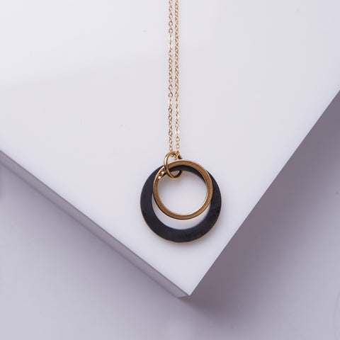 LIMAO- Long black circles necklace
