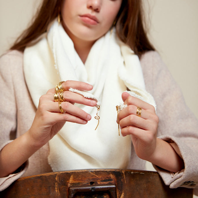 Lenny- Chunky White Scarf with Gold elements