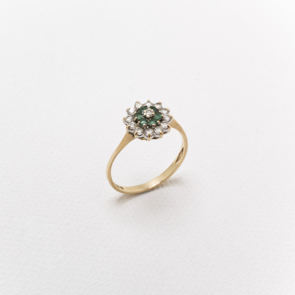 9K Gold, Vintage Cluster Ring With Emeralds and Diamonds