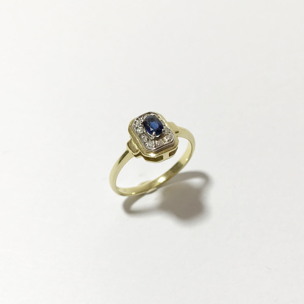 18K Gold, Vintage Ring, With Sapphire and Diamonds
