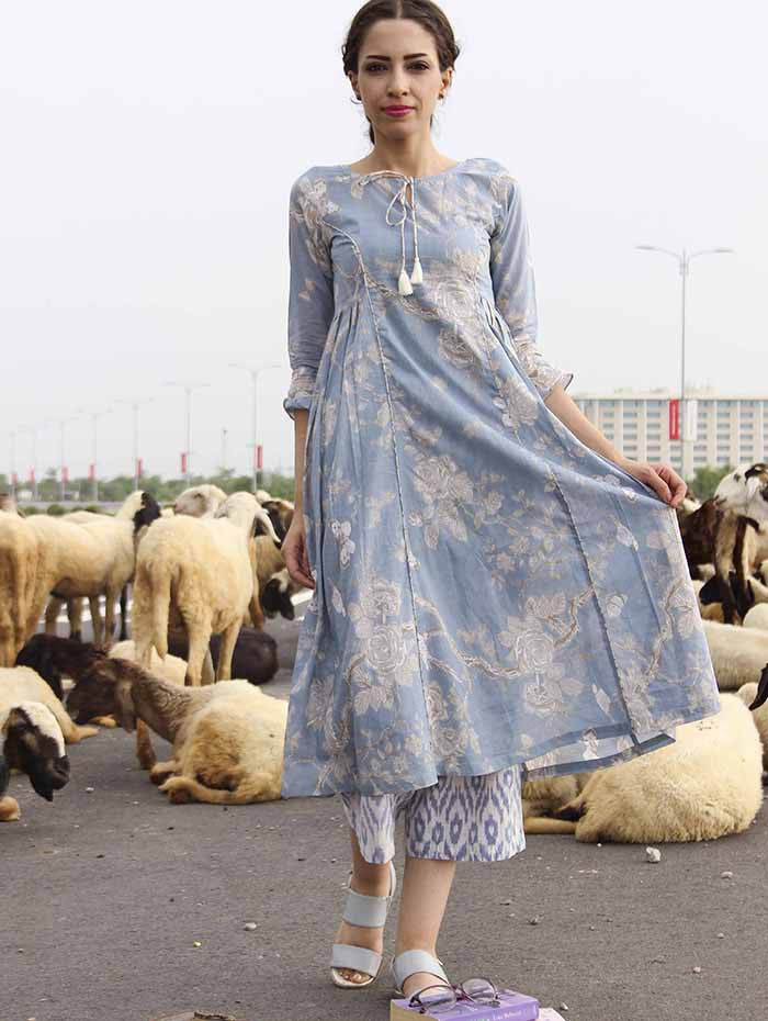 Blue Side Pleat Cotton Kurta