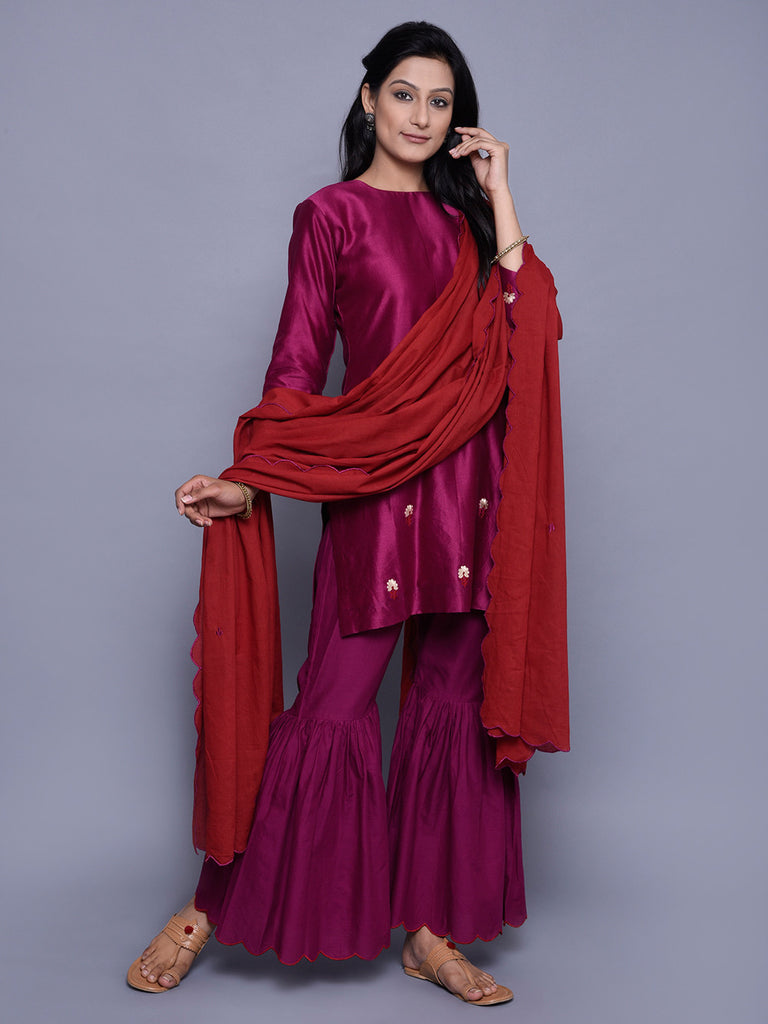 Red Embroidered Mulmul Dupatta