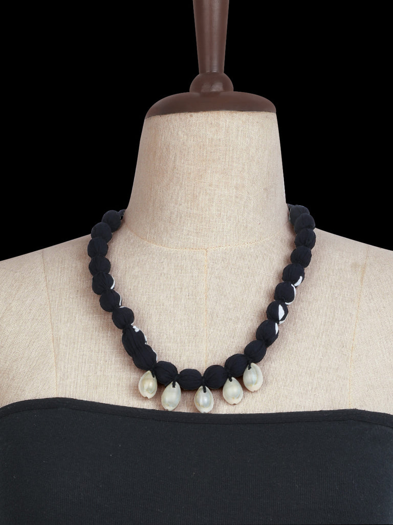 Black Handcrafted Floral Shell Necklace