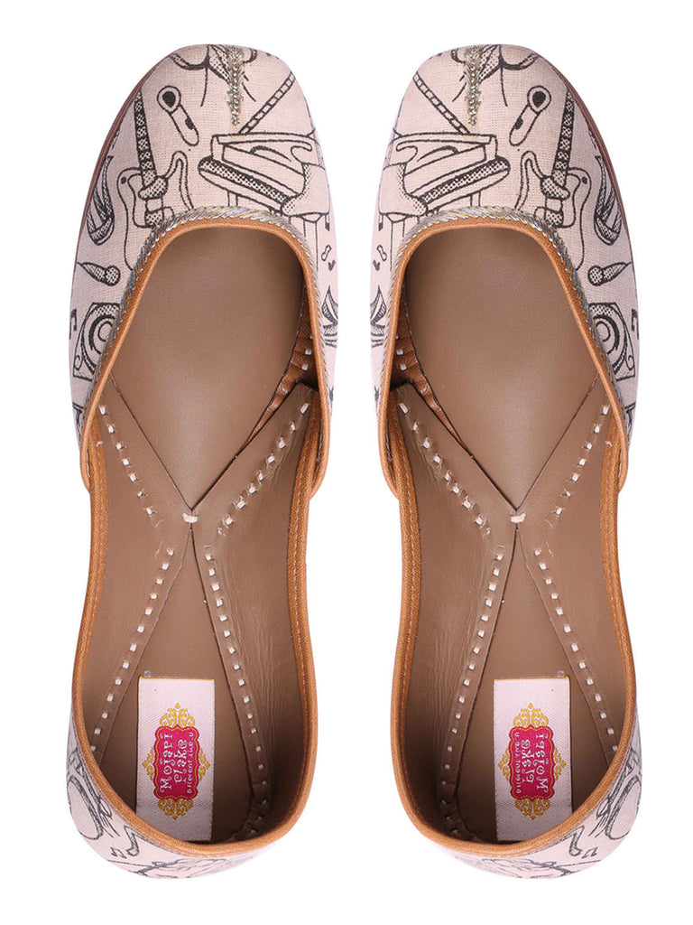 White Printed Leather Mojari