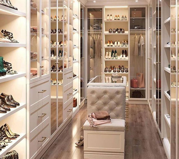 TIP 16. PUT SHOES ON DISPLAY