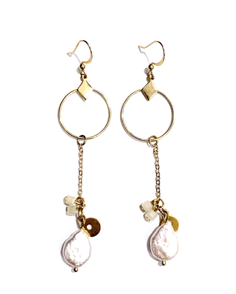 """Oda"" Freshwater Pearly Earrings"