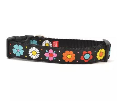 Daisy Chain Dog Collar by Ouizi