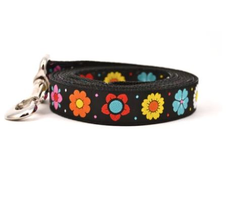 Daisy Chain Dog Leash by Ouizi