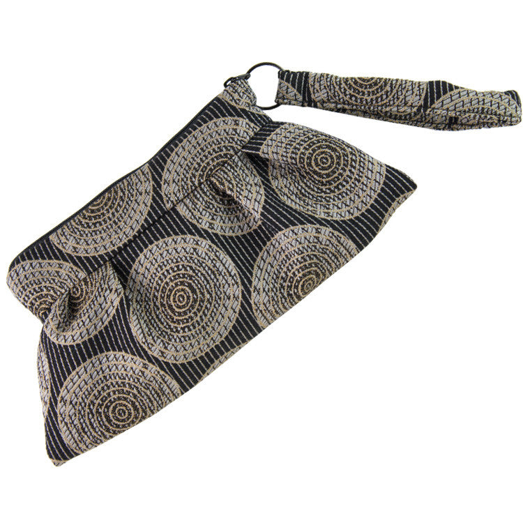 Maruca Chica Wristlet in Sliced Black