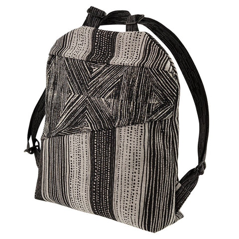 Maruca Backpack in Seedlings Black