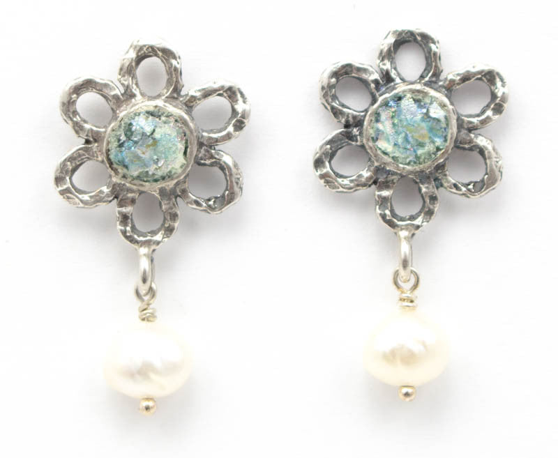 Pearl Glimmer Roman Glass Earrings