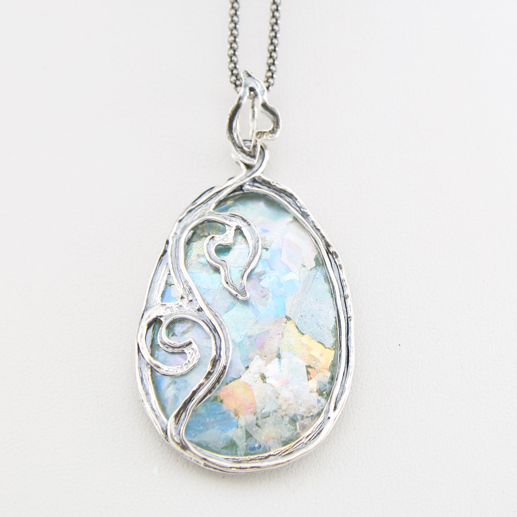Blooming Roman Glass Necklace