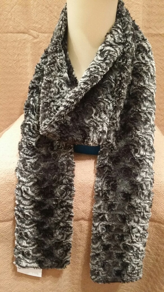 Smokey Essence Luxury Faux Fur Skinny Scarf