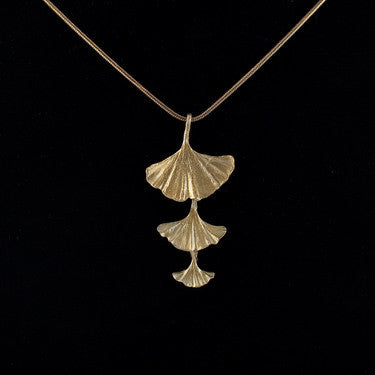 Ginkgo Shower Pendant Necklace with 18'' Adjustable Chain