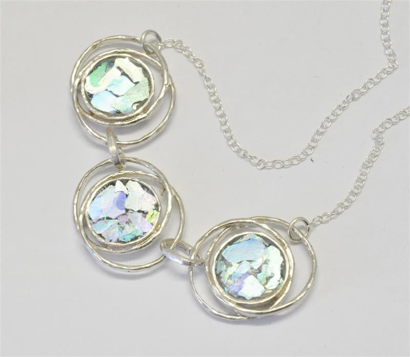 Interlocking Ringed Rounds Patina Roman Glass Necklace