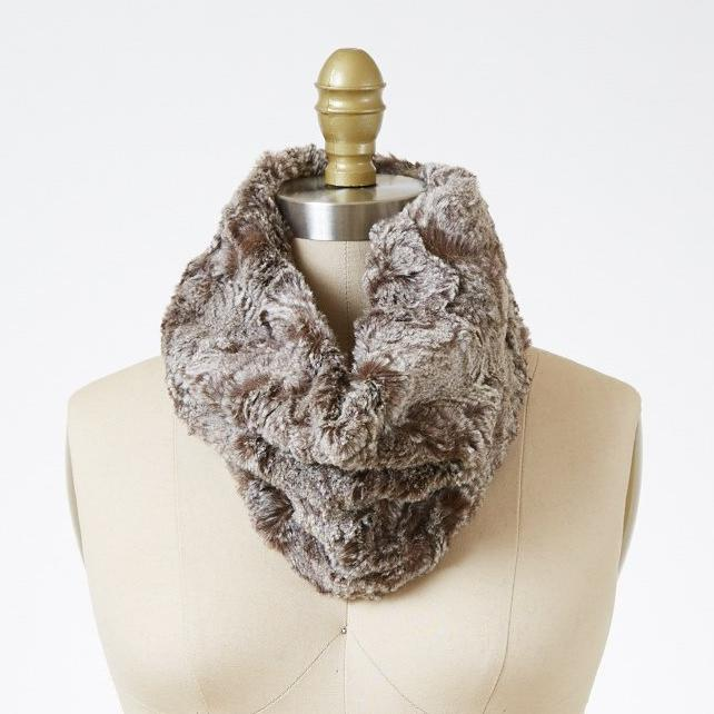 Praline Swirl Luxury Faux Fur Neck Warmer