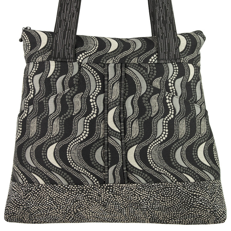 Maruca Kismet Handbag in Fluid Black